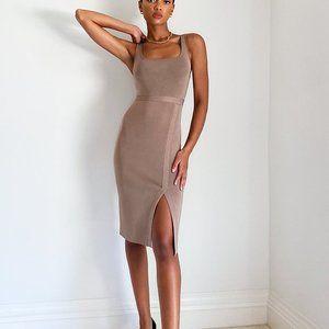 Aritzia Babaton Nude Cambria Dress Sz Small NWT
